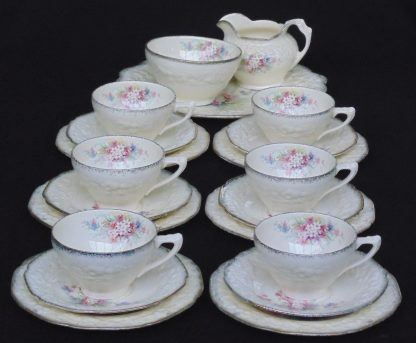 Crown Ducal, Picaroy, Bevilles Melbourne, 18K Gold Border, 21 Piece Tea Set