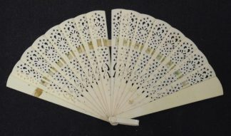 Bakelite Hand Fan - Broken Ring
