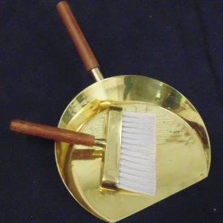 Table Crum Tray and Brush