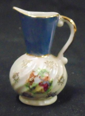 Small ornamental Jug Blue Lister